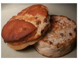 Cinnamon currant muffins