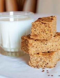 Gluten-free flax meal-parmesan skillet bread