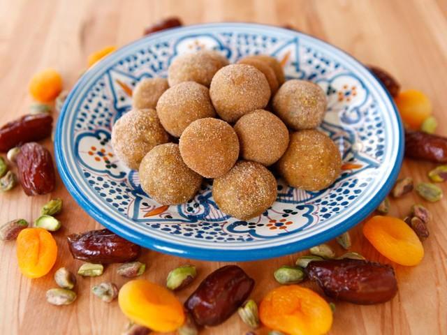 Gluten-Free Sephardic Charoset Truffles for Passover