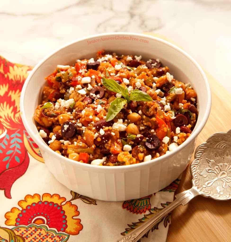 greek-quinoa-veggie-bowl