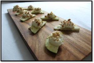 Apple canapes