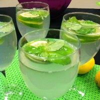 Low-Sugar Mojitos