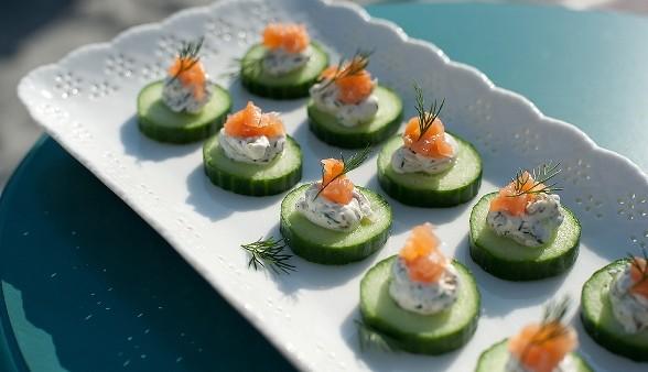 Cucumber-Dill Smoked Salmon Bites