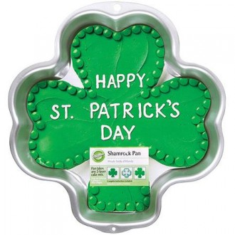 Wilton Shamrock-Shaped Cake Pan