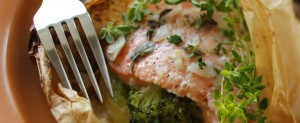 Baked Fish Packets with Broccoli and Squash