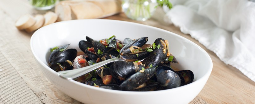 Mussels in Zesty Red Sauce