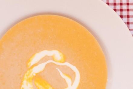 Creamy Gourd Soup