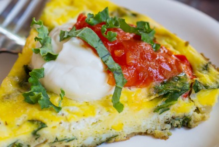 Goat Cheese, Kale & Red Pepper Frittata