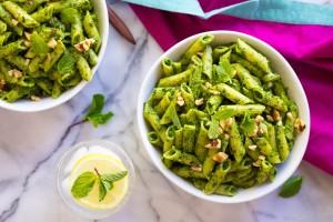 Spinach & Mint Pesto Pasta Recipe