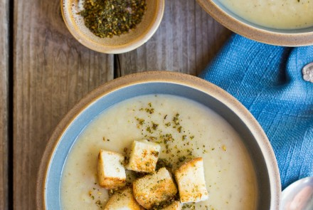 Creamy Cauliflower and Chickpea Soup with Za'atar
