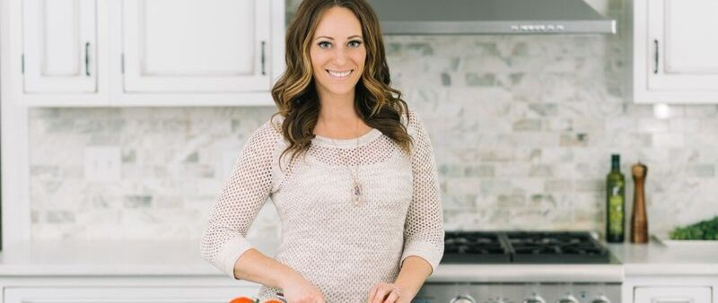 The Paleo Diet: Eating Like a Cavewoman