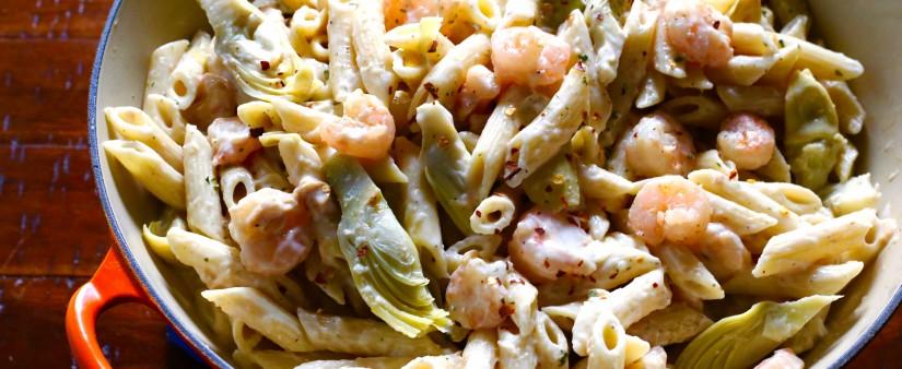 Creamy Alfredo Pasta with Shrimp and Artichokes