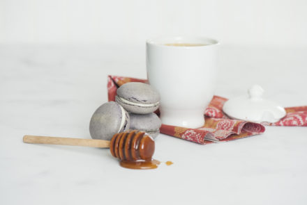 Gluten-Free Macarons: Tea and Honey