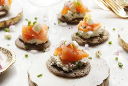 buckwheat-blinis-smoked-salmon
