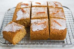 Gingerbread-Pumpkin Cake