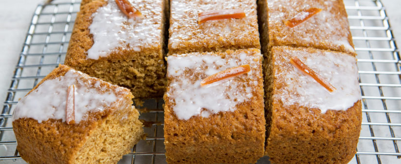 Gingerbread-Pumpkin Cake