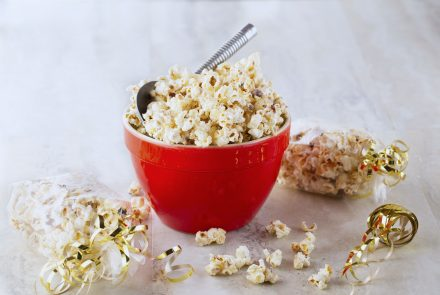 Cinnamon White Chocolate Popcorn