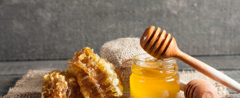 'Bee' Kind To Your Body With Honey