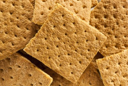 Are Graham Crackers Gluten Free? Top 5 Gluten-Free Graham Cracker Brands