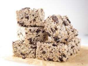 Cookies and Cream Crispy Treats