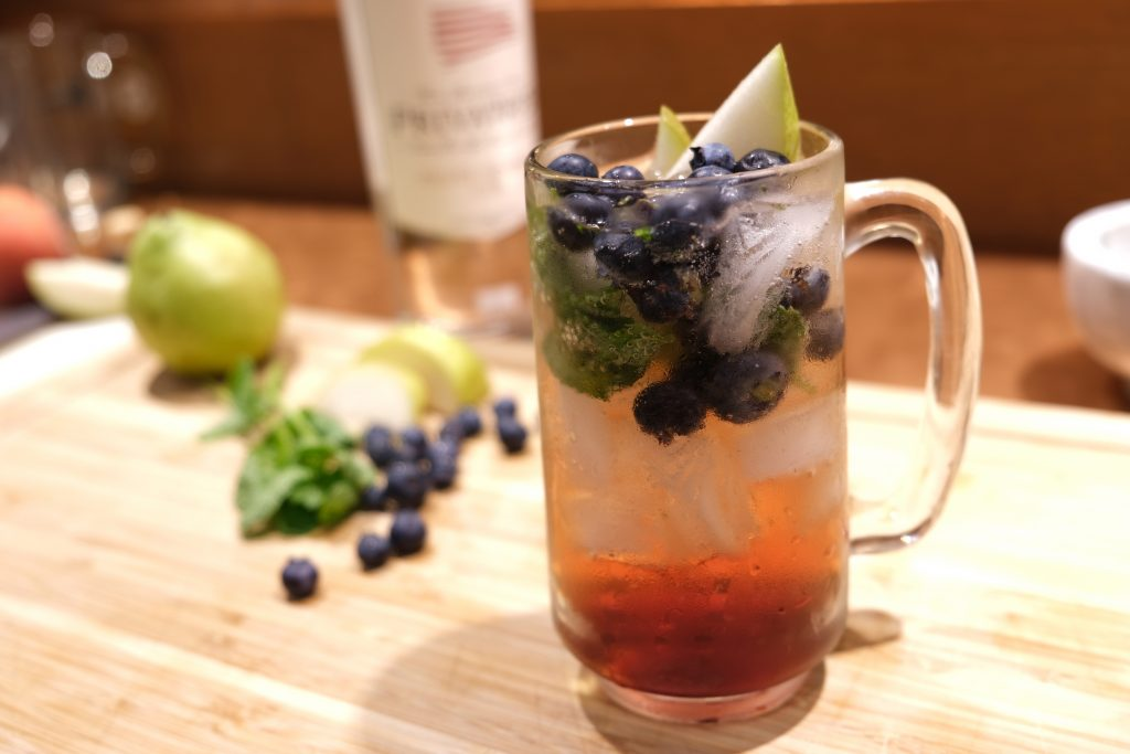 4 Fruity, Flavorful Cocktails to Try This Fall