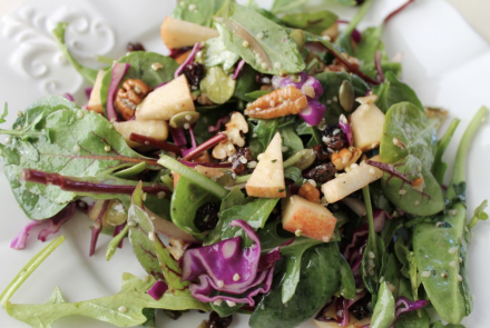 Apple and Pecan Salad