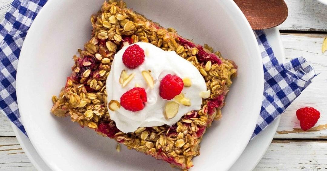 Raspberry and Almond Oatmeal Bake