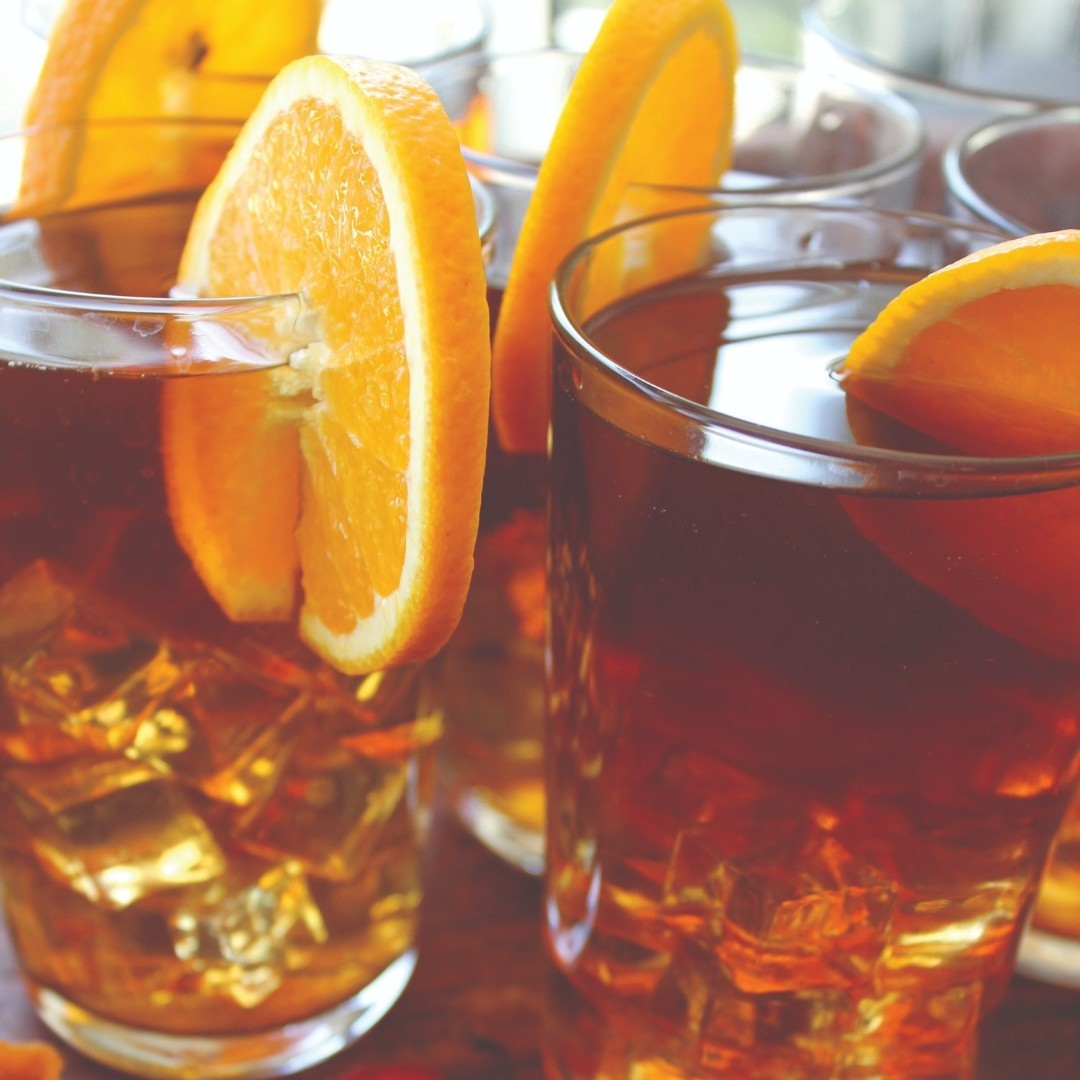 Orange Cold Brew Tea + Vanilla Bean + Raspberries